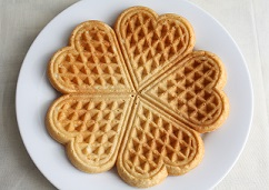 rp_can-dogs-eat-waffles.jpg