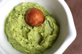 can-dogs-eat-guacamole